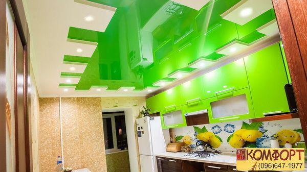 Натяжной потолок карниз